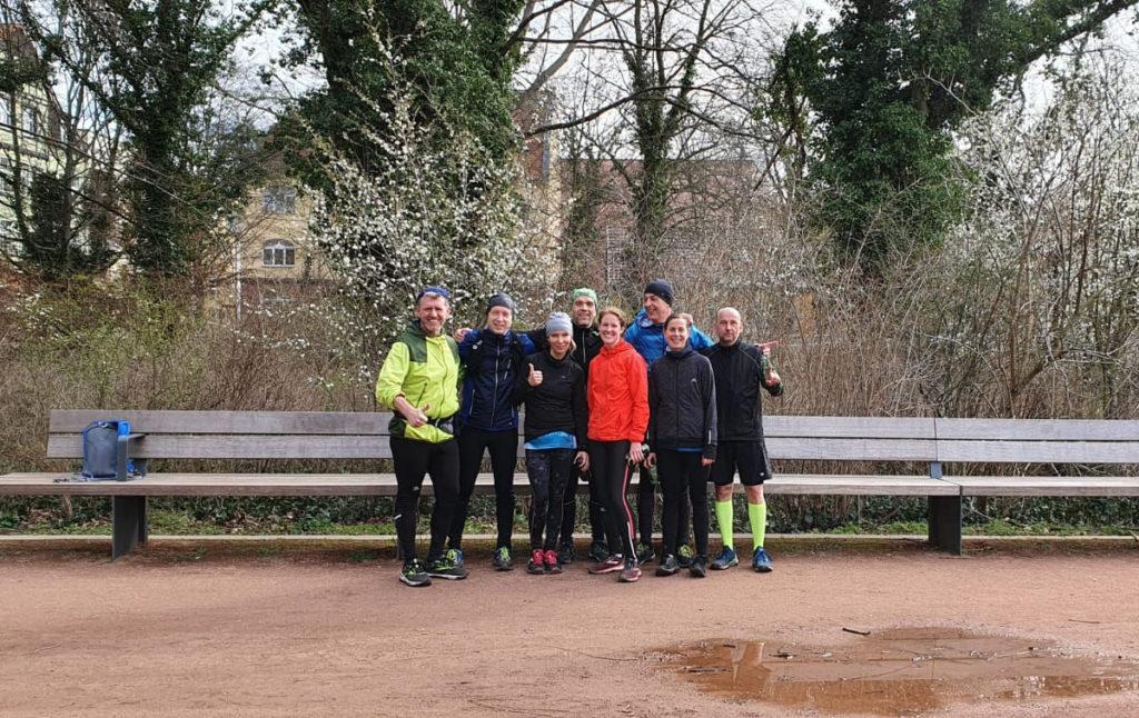 Laufen in einer Gruppe verbindet