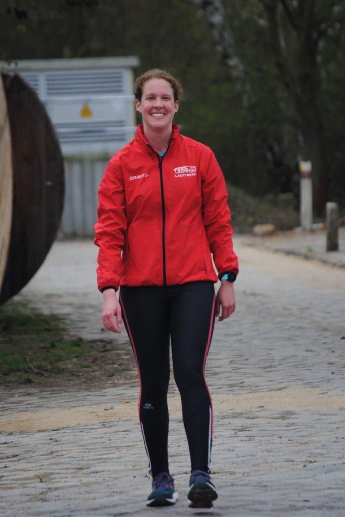 Freude und Erleichterung nach dem Marathon